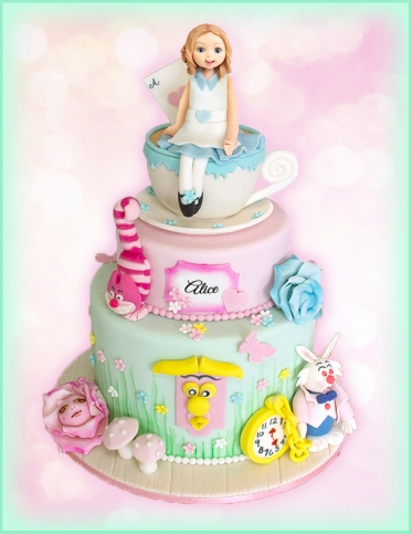 Alice in Wonderland Cake, 2 tiers, cup and figurine.