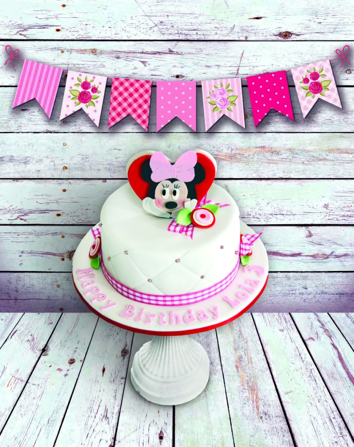 Mini Mouse Heart Cake