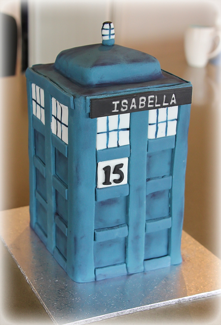 Tardis 3D cake. Dr Who