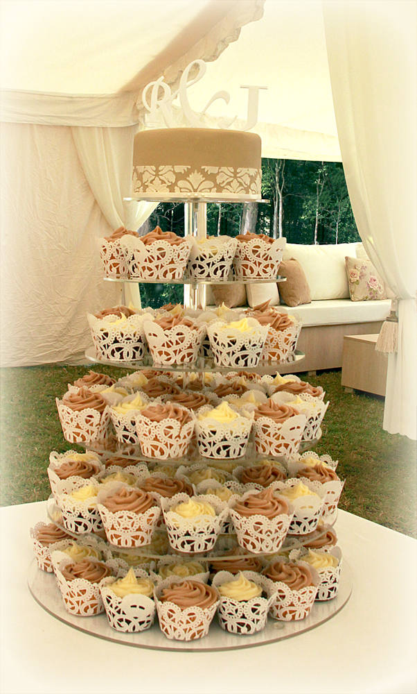 wedding cakes cake cupcakes and cookies. Black Bedroom Furniture Sets. Home Design Ideas