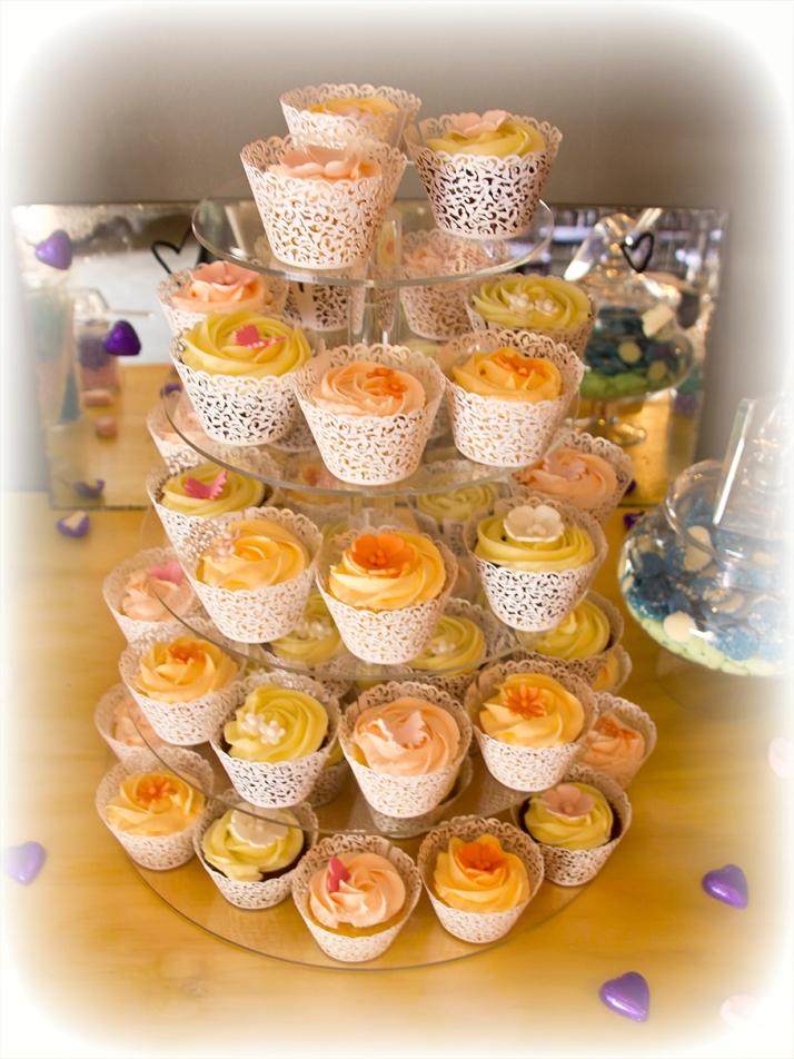 50 Pastel Cupcakes