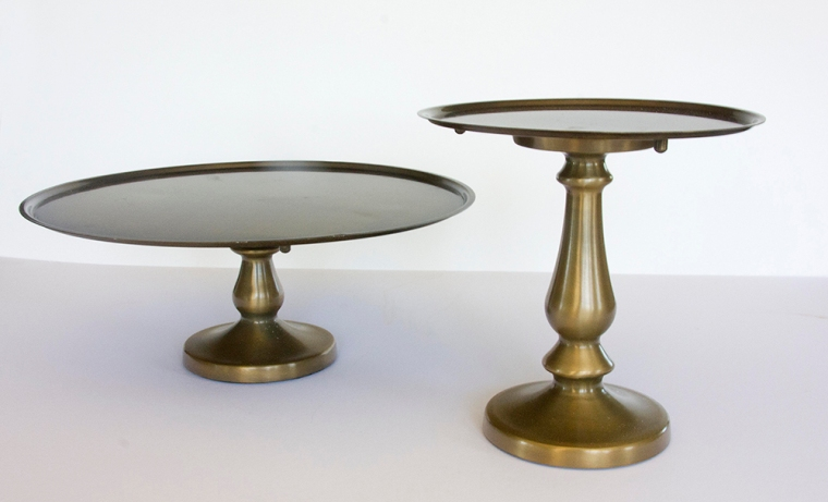 Gold cake stands 8.5