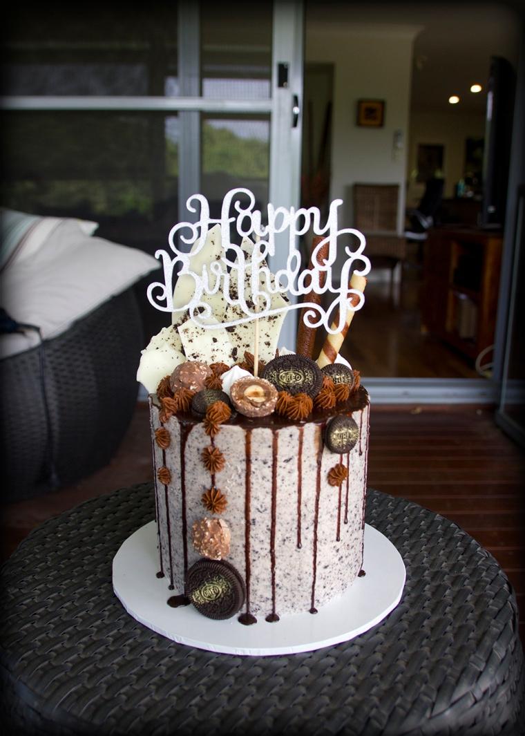 Granite Oreo drip cake